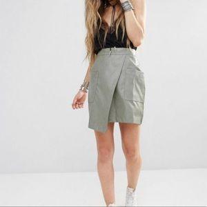 boohoo • wrap skirt